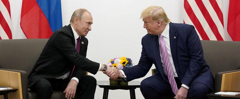بوتين وترامب يبحثان تعزيز التعاون الروسي الأمريكي في مكافحة جائحة فيروس كورونا