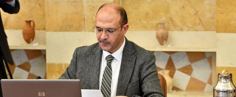 وزير الصحة : الإصابات بفيروس كورونا لا يلغي ضوابط التعبئة العامة