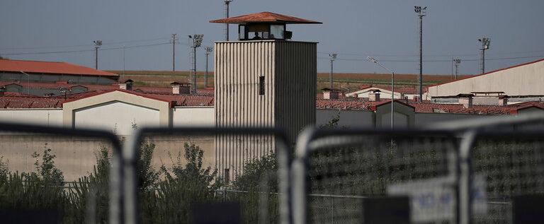 كورونا تصل إلى سجون تركيا.. تسجيل أول وفيات بالفيروس