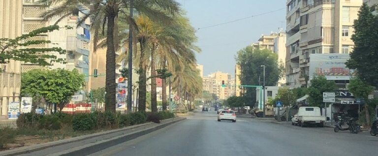 الرئيس اللبناني يقرع جرس الإنذار بعد اشتباكات طائفية في بيروت.. ودعوات لوأد الفتنة