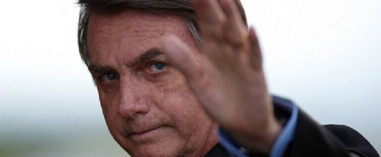 رئيس البرازيل يثير جدلا بعد أن توجه لمواطنيه بطلب خاص