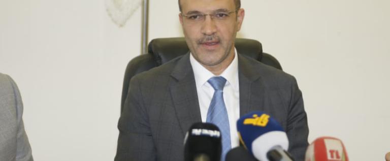 وزير الصحة يتسلم غدا أجهزة تنفس إصطناعي مقدمة من نقابة مستوردي المواد الغذائية