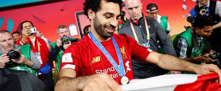 """شاهد.. ليفربول يفاجئ صلاح بهدية سارة """"استمتع بسحر محمد صلاح"""""""