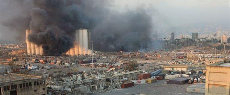 """تفاصيل كاملة لإنفجار المرفأ الضخم.. """"بيروت منكوبة"""" والدمار هائل"""