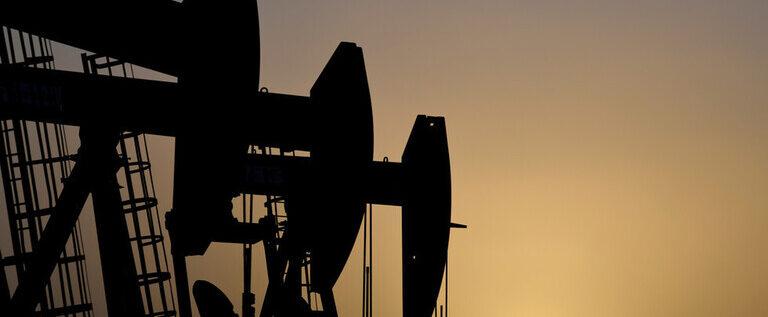 واشنطن تتنصل من سرقة النفط السوري: من يسيطر على المنطقة هم أبناء شمال شرق سوريا