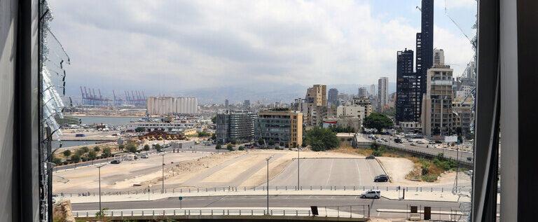 الجيش اللبناني يعلن العثور على 4.35 طن من نترات الأمونيوم قرب مدخل مرفأ بيروت