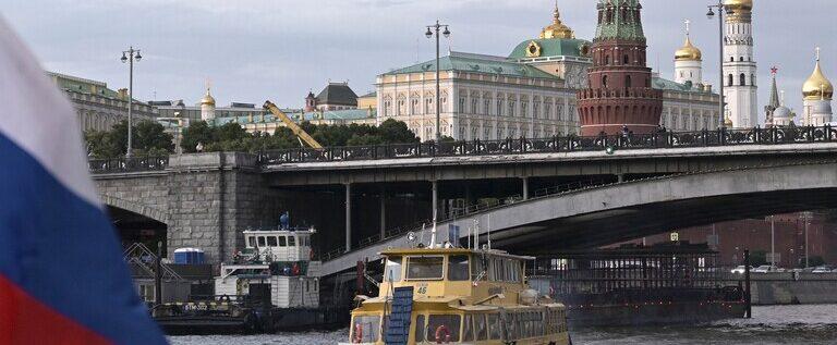 """مينسك تسلم موسكو معلومات استخباراتية تتعلق بقضية """"تسميم نافالني"""""""