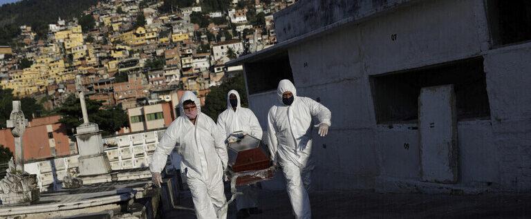 البرازيل تسجل 36303 إصابات و829 وفاة جديدة بفيروس كورونا