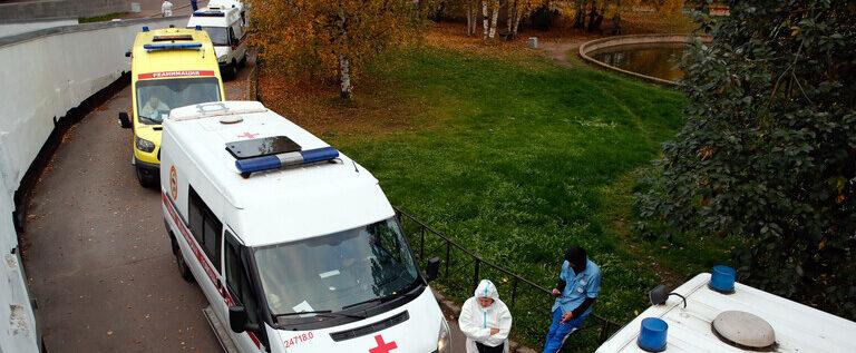 لأول مرة.. الإصابات اليومية بكورونا في روسيا تتخطى الـ15 ألفا