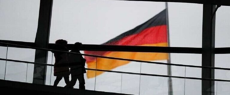 """تأشيرة """"مستقل"""".. ألمانيا تمنح فرصة العمل عن بعد """"للرحل الرقميين"""""""