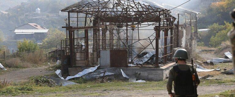"""الرئيس الأذربيجاني يعلن تحرير مدينة شوشا في قره باغ ويريفان تتحدث عن """"قصف عشوائي"""" لستيباناكيرت"""