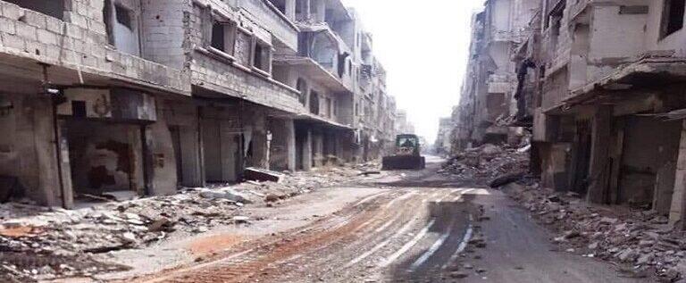 محافظ دمشق: الأولوية لإعادة المهجرين إلى مناطقهم القابلة للسكن