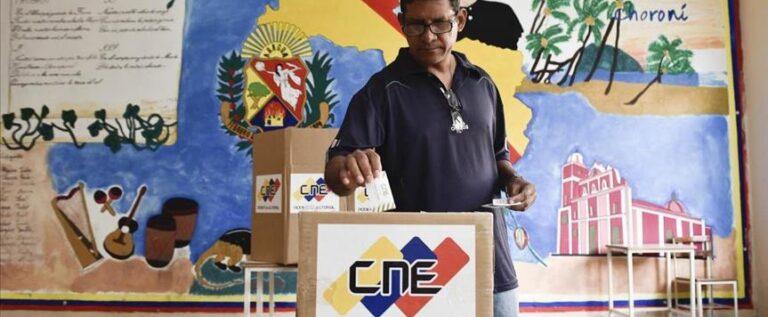 انتخابات تشريعية في فنزويلا.. والمعارضة تقاطع