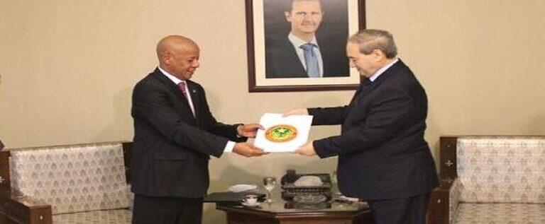دمشق تتقبل أوراق اعتماد سفير عربي جديد