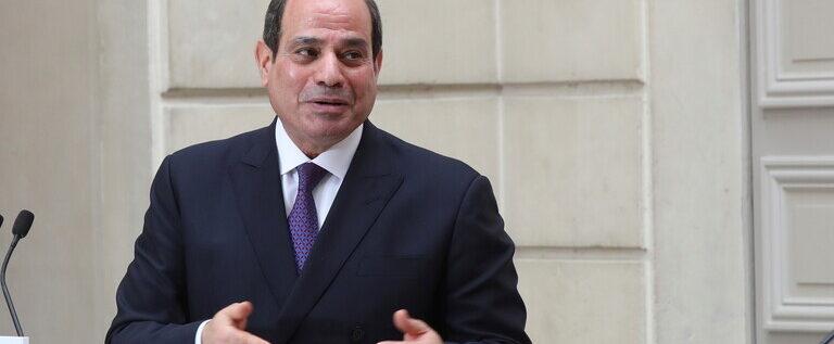 السيسي يصدر أوامر للحكومة بشأن سيناء