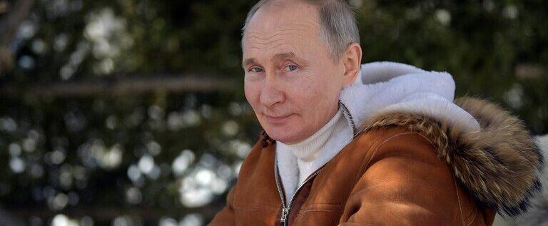 بوتين يتلقى اللقاح المضاد لكورونا