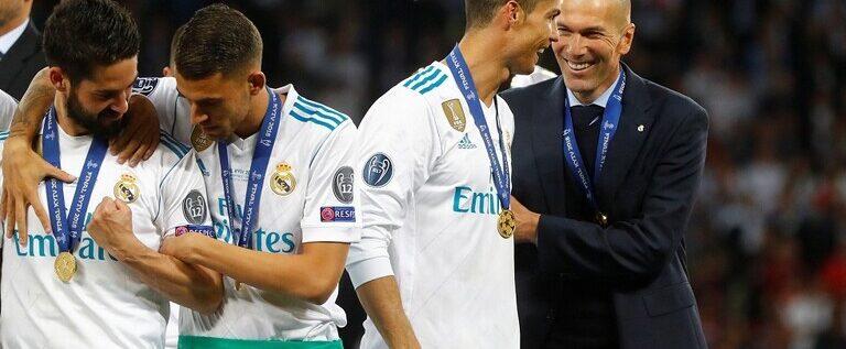 ريال مدريد يحسم قراره النهائي بشأن عودة رونالدو