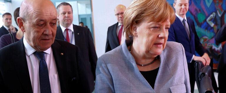 """""""لوموند"""": أوروبا انقسمت على """"سبوتنيك V"""""""