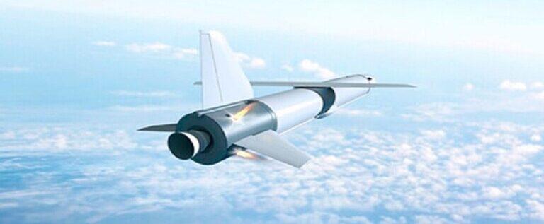 الصاروخ الروسي متعدد الاستخدام يزوّد بعجلات وزلاجات