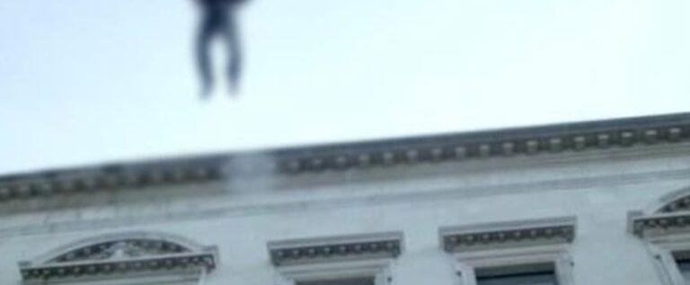 سقوط مواطن من على سطح مبنى في منطقة ابو سمراء بطرابلس وتوفي على الفور