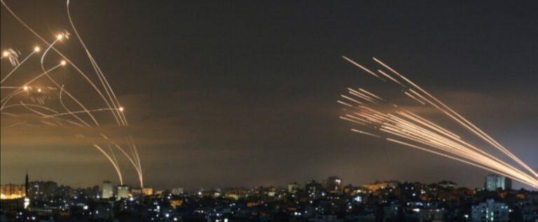 """""""سيف القدس"""" يضرب تل ابيب ومدن العدو مجدداً والاحتلال يقصف المدنيين"""