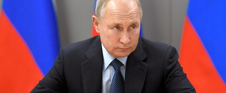 بوتين: ربما كشفت سرا عسكريا!