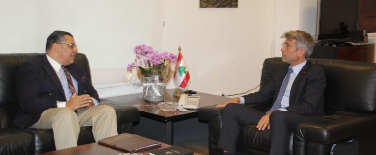 فياض استقبل السفير المصري وتباحثا باستقدام الغاز عبر الاردن وسوريا